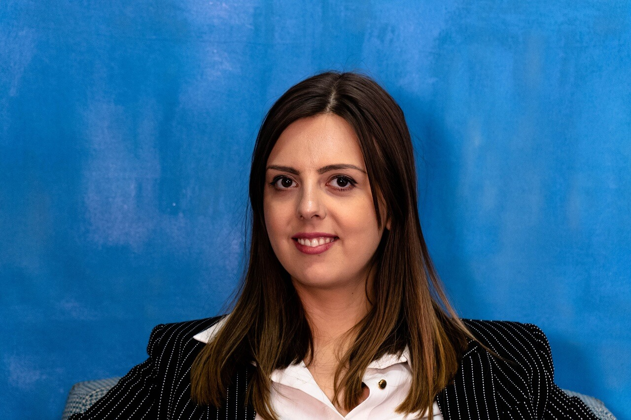 Ива Цоневска - проектна менаџерка и истражувачка